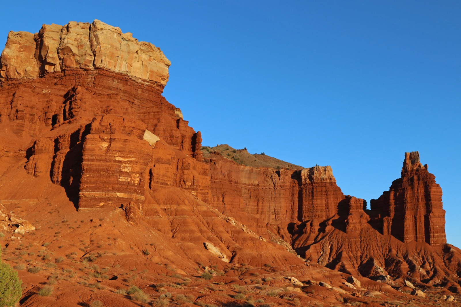 Hike Utah's Sleeping Rainbow