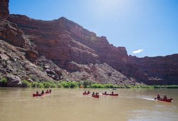 Utah's Green River Canoe